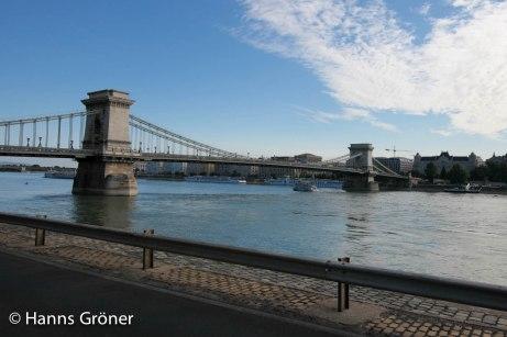 Ungarn   Budapest - Donau und Kettenbrücke