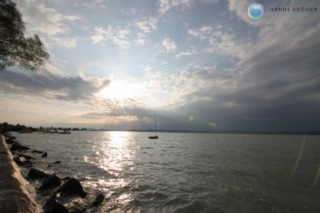 Ungarn  Plattensee bei Balatonszemes mit Blick auf Nordufer