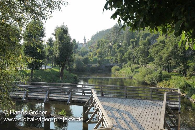 Slowenien   Postojna   Zugang zu den Grotten von Postojna
