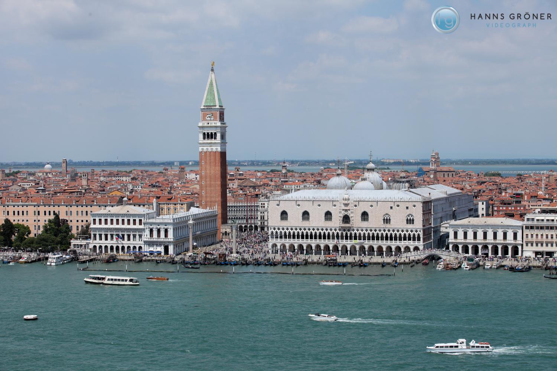 Venedig - Dogenpalast und Glockenturm San Marco