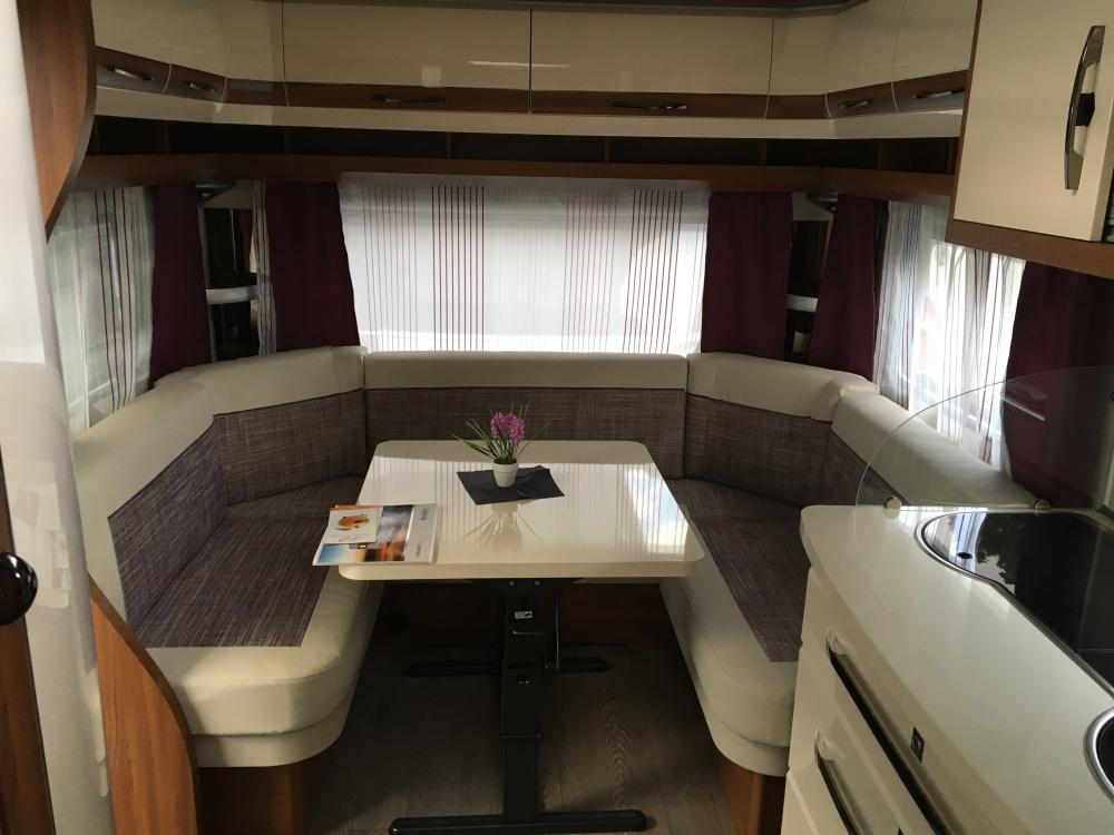 Hobby Ausstattung 495 UFE Sitzgruppe