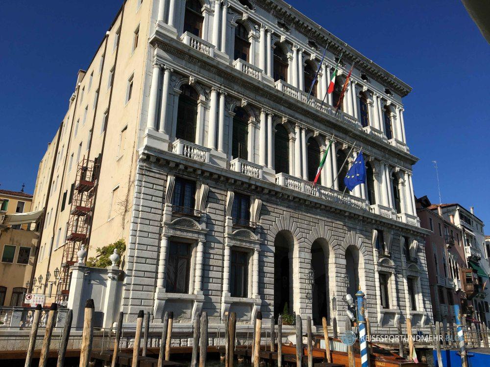 Venedig 2017 - Palazzo am Canal Grande (Foto: Hanns Gröner)