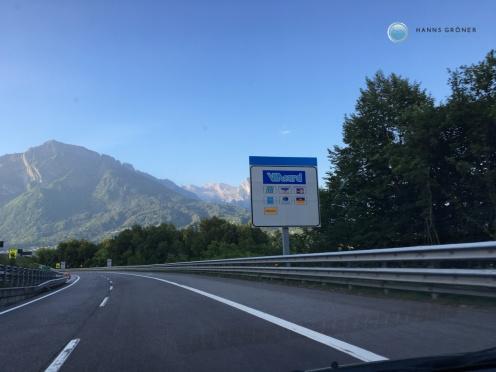 Kein Verkehr auf der Autobahn nach Bellunoa (Foto: Hanns Gröner)