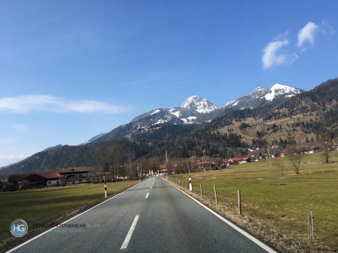 Bayrischzell und Wendelstein am 27.3.18 (Foto: Hanns Gröner)