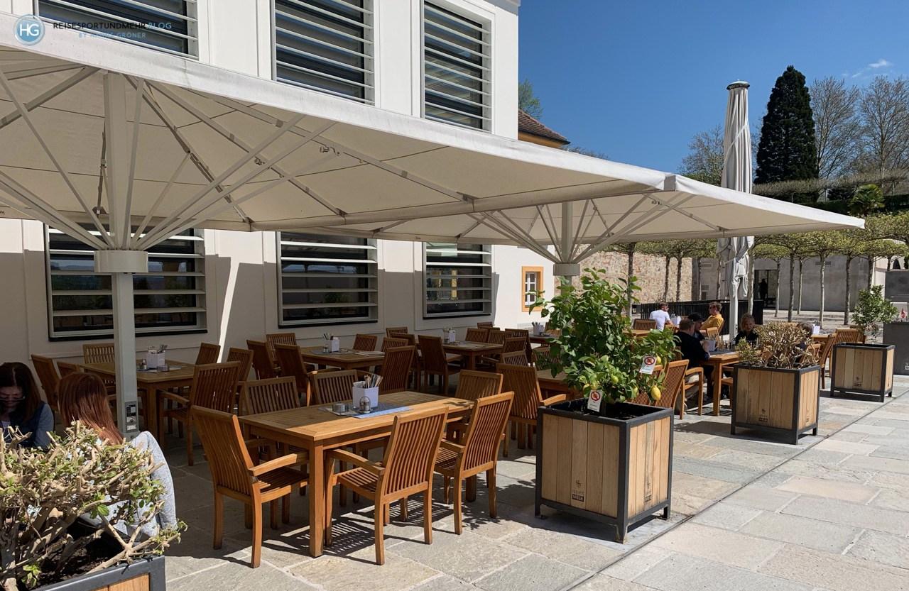 Restaurant-Terrasse im Stift Melk im April 2019 (Foto: Hanns Gröner)