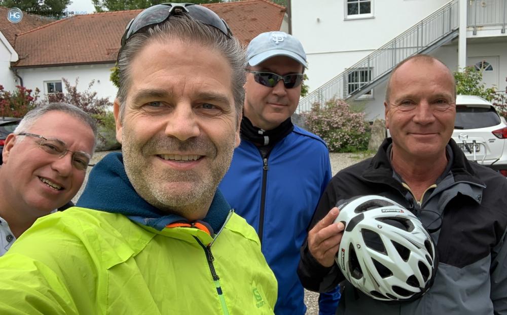 Mit dem Crossbike um den Chiemsee im Mai 2020 (Foto: Hanns Gröner)