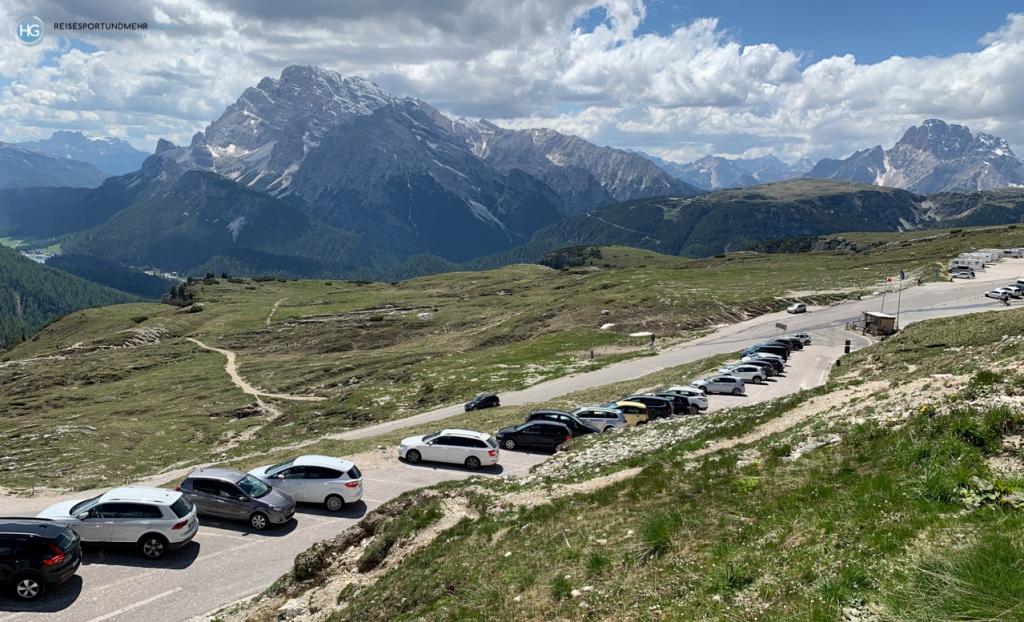 Parkplätze an der Auronzohütte 2020 (Foto: Hanns Gröner)