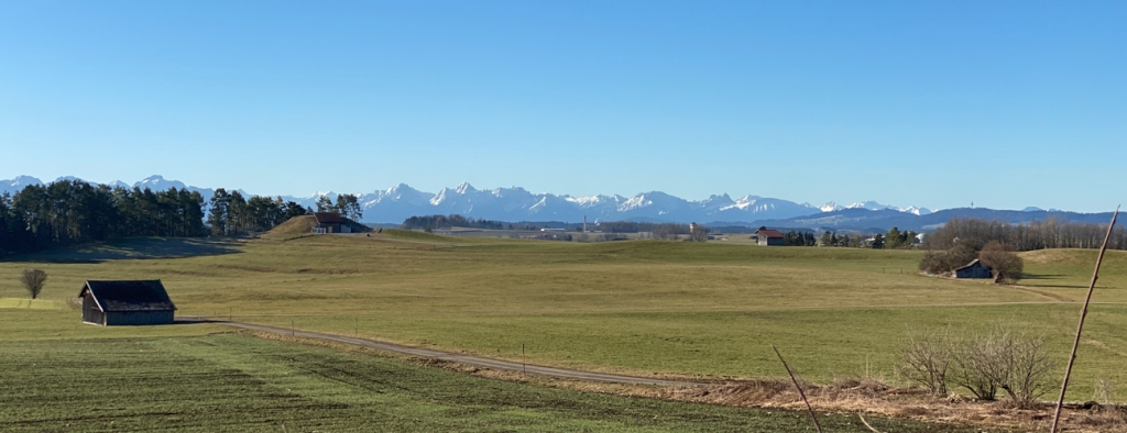 Blick auf die Alpen Richtung Füssen (Foto: Hanns Gröner)